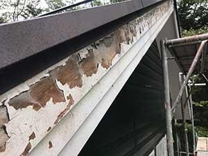 嬬恋村の別荘 破風板ケレン前