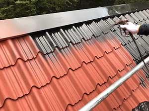 嬬恋村の別荘 外壁屋根塗装屋根上塗り