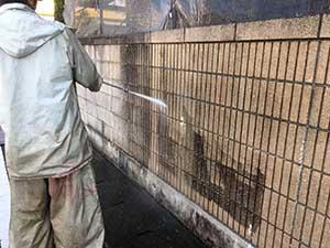 外塀洗浄作業