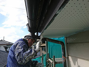 伊勢崎市 外壁塗装 軒天軒塗装2回目