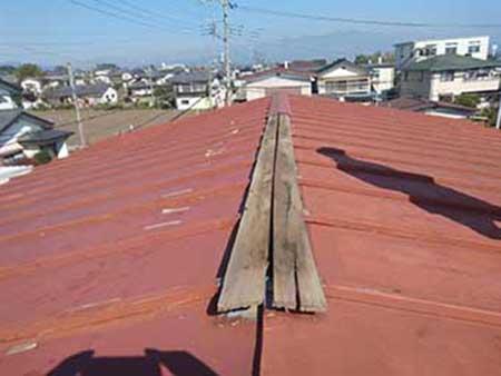 強風による 棟板金 被害