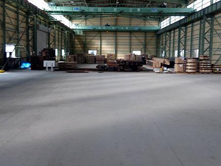 太田市 工場床塗装 施工前