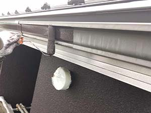 太田市 モルタル外壁塗装 雨樋一回目