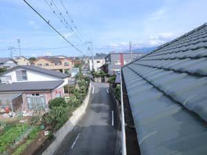 前橋市富士見町 洋瓦屋根へ雪止め設置前