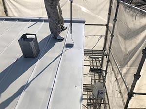 高崎市上中居町 屋根上塗り