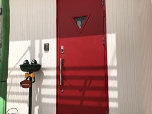 高崎市上中居町 玄関扉塗装