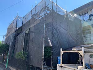 高崎市東町 セメント瓦とサイディング塗装 足場