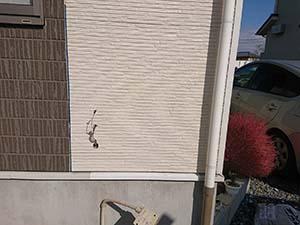 前橋市六供町 壁 車をぶつけたサイディング外壁 補修