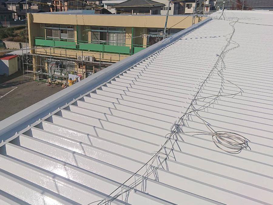 前橋市 マンションのセッパン屋根塗装 施工事例