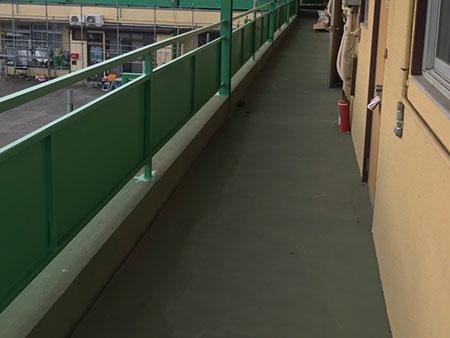 前橋市 マンション供用廊下塗装前