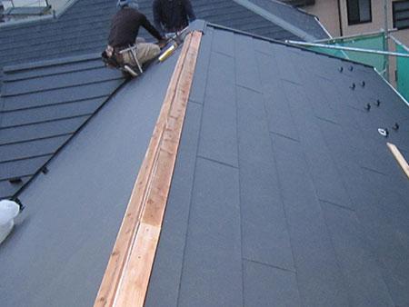 前橋市 コロニアル屋根葺き替え 棟板金工事