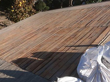 屋根葺き直し 土清掃後