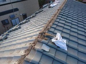 屋根葺き直し 棟瓦撤去