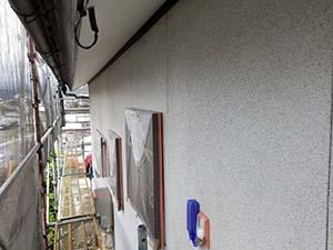 サイディング 壁塗装 下塗り
