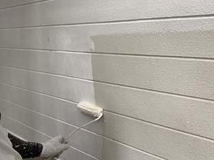 別荘 外壁塗装 外壁下塗り