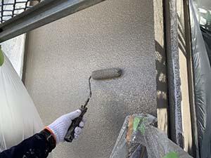 前橋市 吹き付けタイル外壁 上塗り