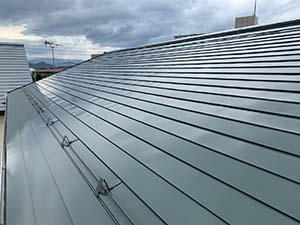 伊勢崎市 屋根塗装上塗り完工